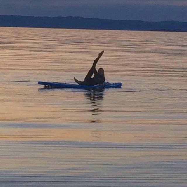 Yoga på Trondheimsfjorden